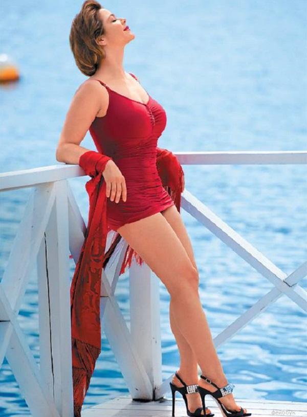Ирина Пегова в купальнике