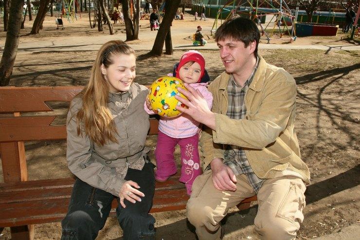Пегова с бывшим мужем и дочерью