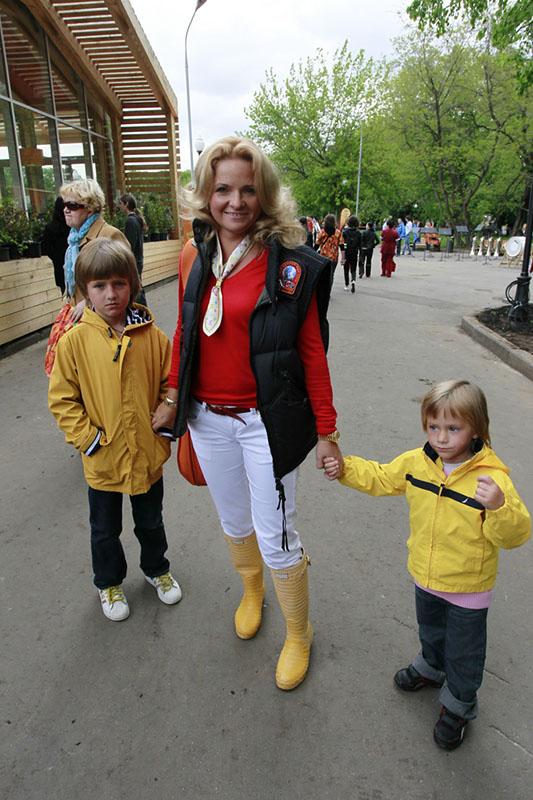 Екатерина Пескова с сыновьями