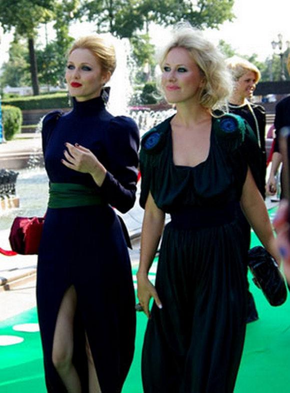 Екатерина Гринчевская и Ксения Собчак, 2009 г.