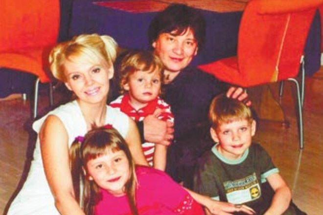 Семейное фото Валерии и Шульгина