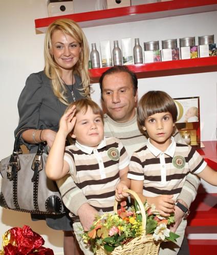 рудковская и батурин с сыновьями