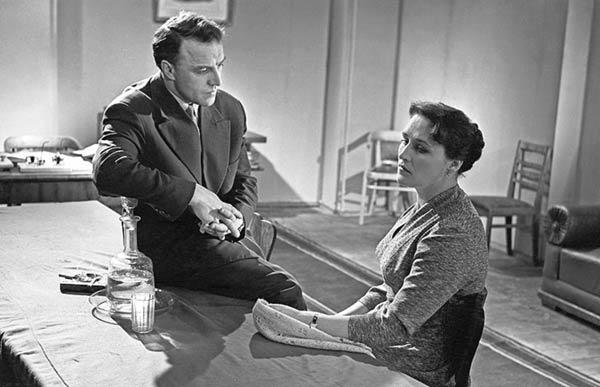 Михаил Ульянов и Нонна Мордюкова в фильме «Простая история», 1960 г.