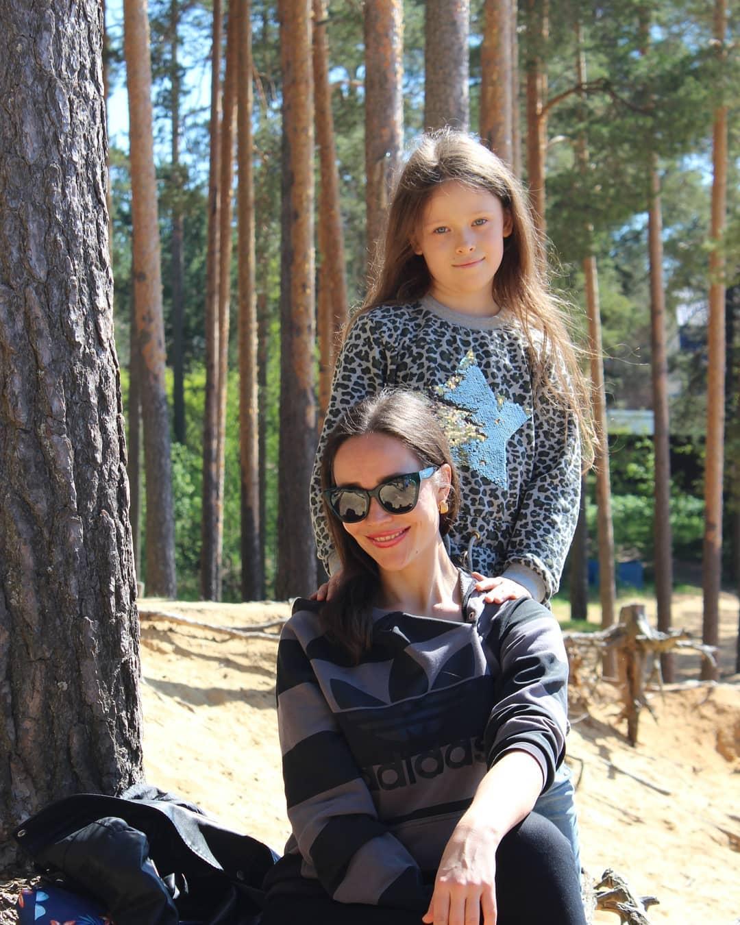 Дочь и внучка Анны Самохиной