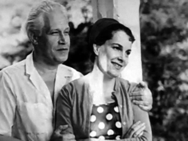 Элина Быстрицкая с мужем