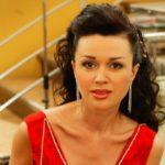 Почему до сих пор не появилось ни одного фото больной Анастасии Заворотнюк