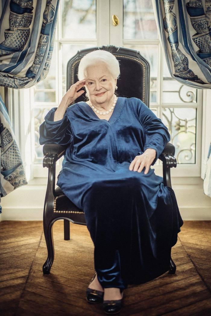 Оливия де Хэвилленд в 102 года