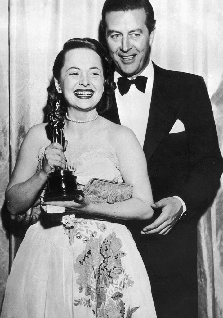 Оливия де Хвилленд получила первый «Оскар», 1947 г.