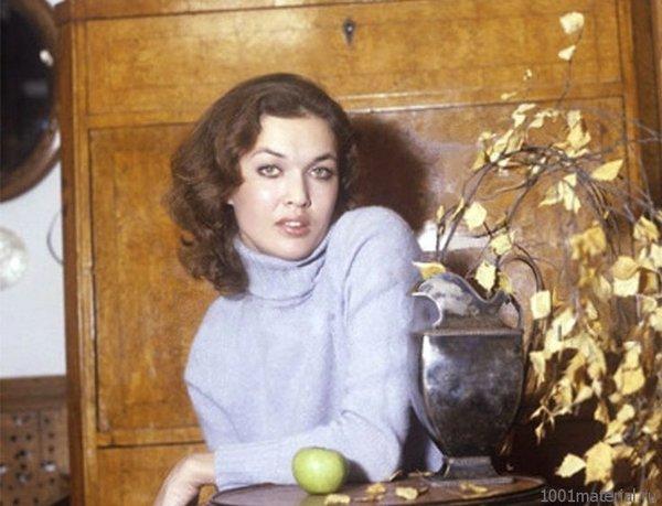 Матлюба Алимова, снимок для женского журнала, середина 1980-х