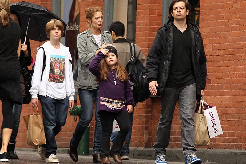 Кьяра с детьми и бывшим мужем Бенджамином Бьоле