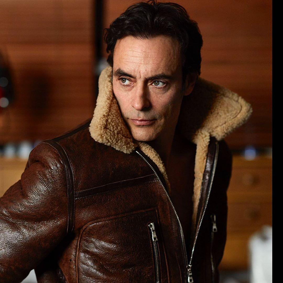 """Энтони Делон - средний сын актера. На фото в куртке своей марки """"Anthony Delon 1985"""""""