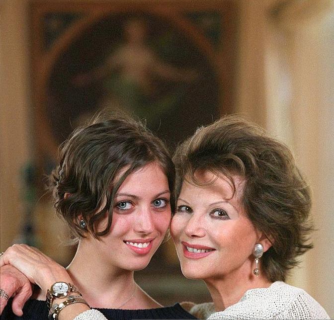 Клаудия Кардинале с дочерью Люсиль