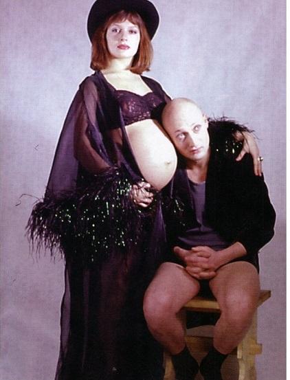 Мария Порошина, беременна первой дочерью, с Гошей Куценко