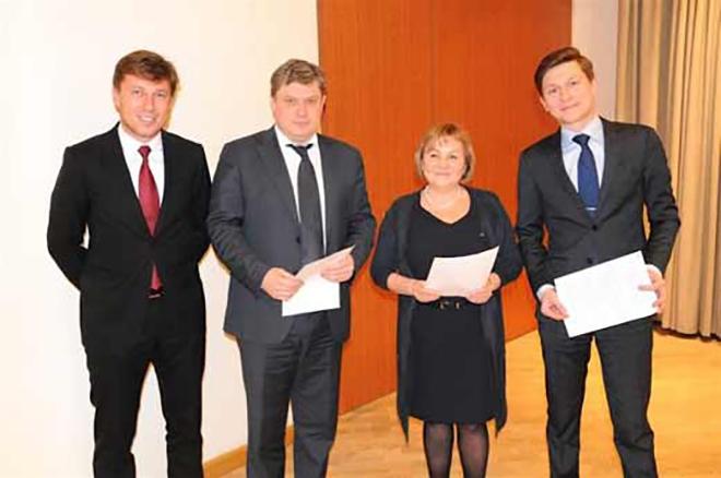 Артур Очеретный (слева) возглавил ЦРМК