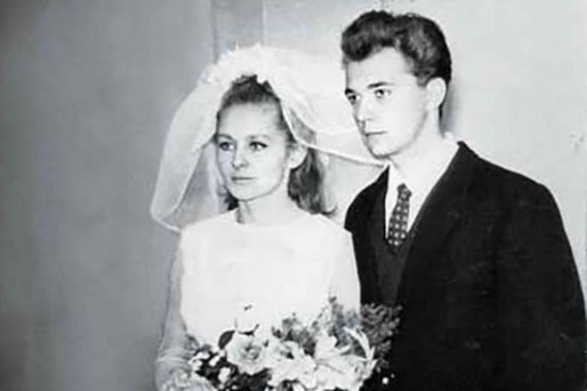 Ангелина Вовк в молодости с первым мужем, свадьба