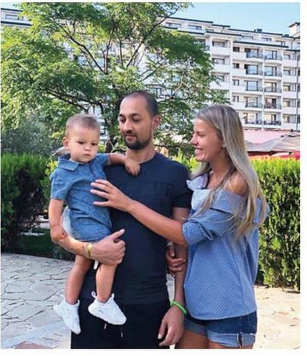 Жан Ленюк с женой и сыном