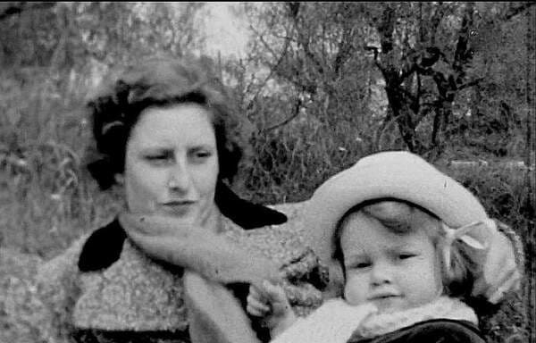 Брижит Бардо с мамой
