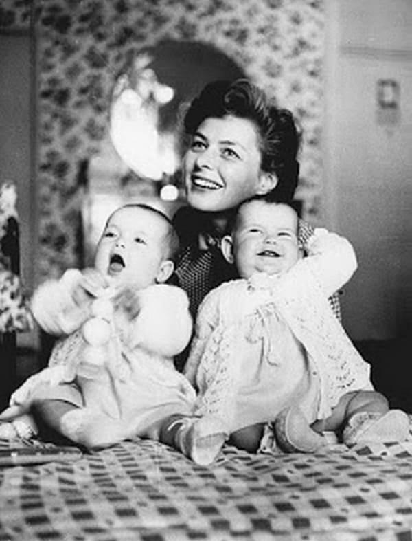 Ингрид Бергман с близнецами Изоттой и Изабеллой