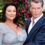 Над ними насмехается Голливуд: Почему первый красавец США Пирс Броснан так сильно любит жену весом 120 кг