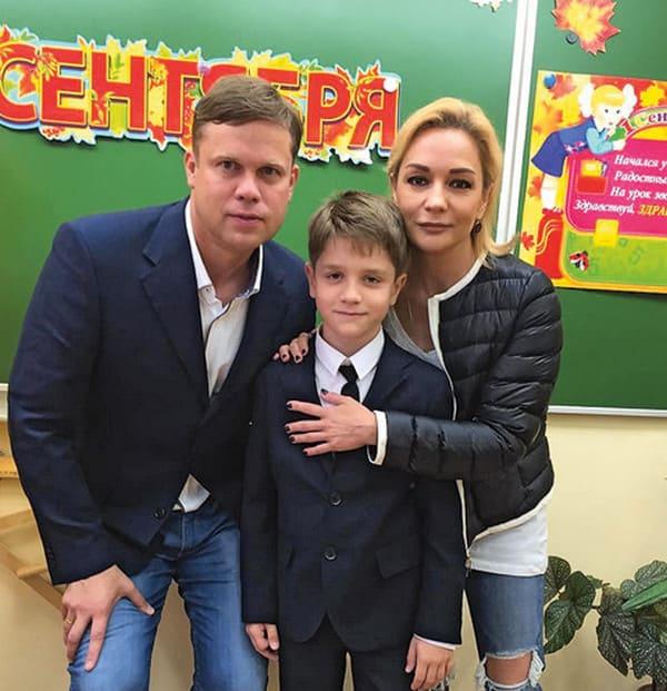 Татьяна Буланова с мужем и сыном