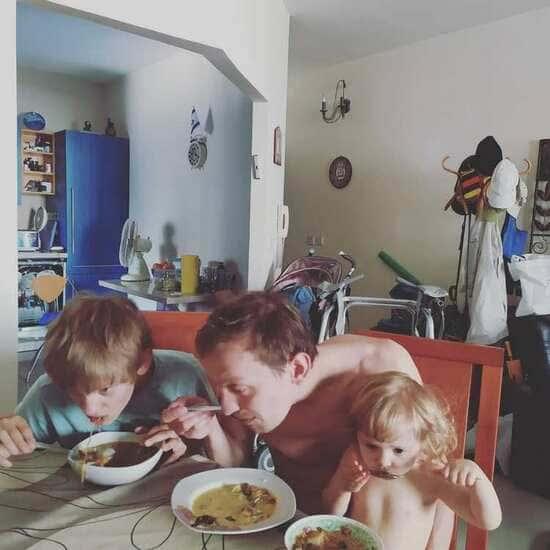 актер евгений кулаков с сыном и дочерью