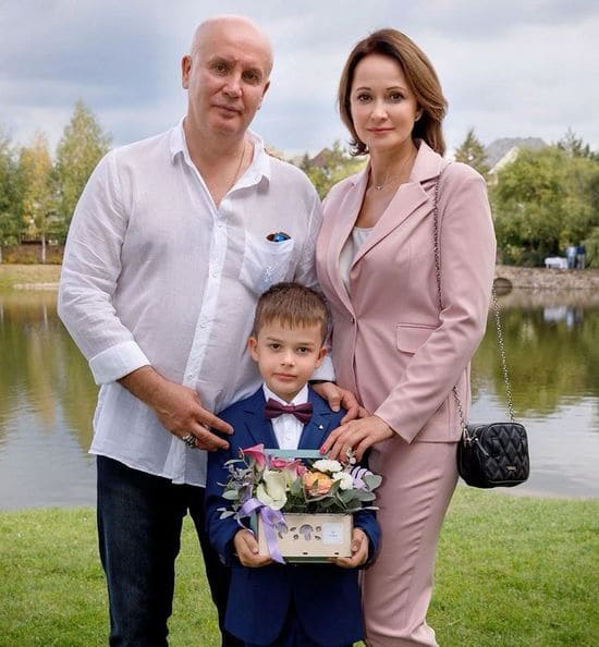 Ольга Кабо с мужем и сыном-первоклассником