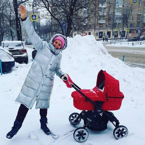 Глафира Тарханова с ребенком