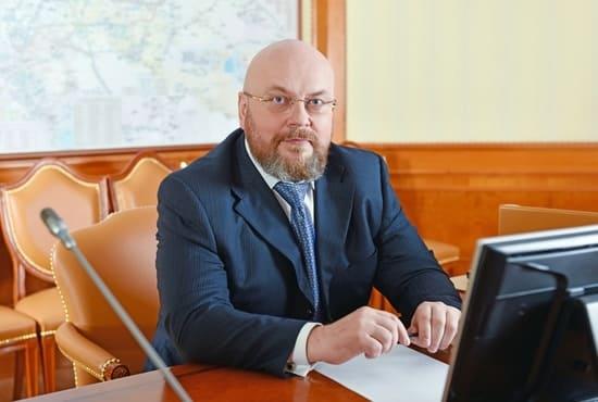 Михаил Путин был чиновником в Минздраве
