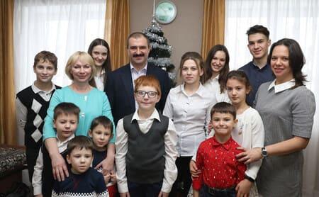 Виктор Лукашенко с женой