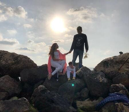 50-й день рождения Эвелина отметила в компании сыновей, апрель 2019 г.
