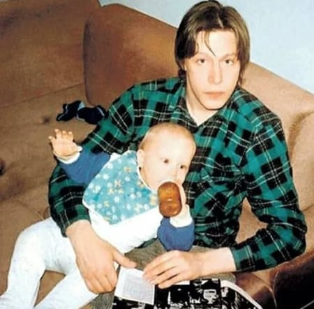 Михаил Ефремов с маленьким сыном Никитой