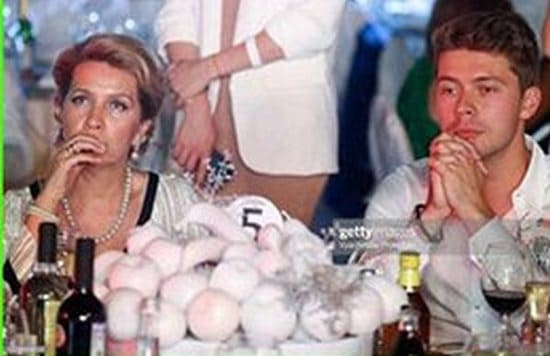 Илья Медведев с мамой