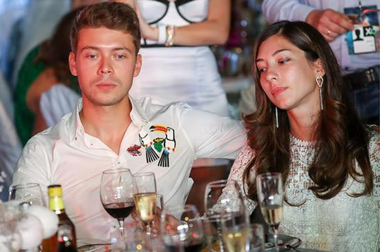Илья Медведев с невестой Яной Григорян