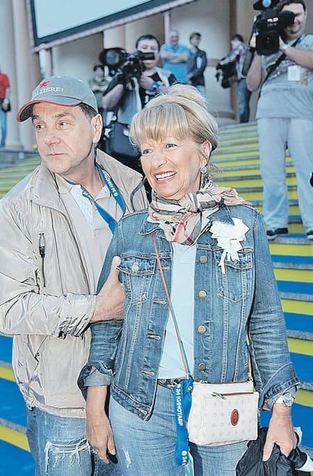Маковецкий с женой сейчас