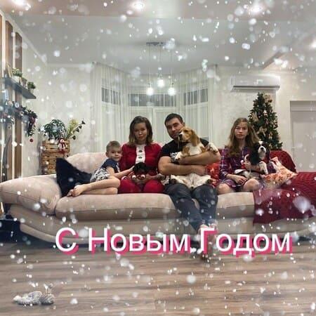 Сестра Ирины Шейк с семьей