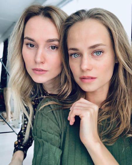Екатерина Ковальчук и ее другая сестра