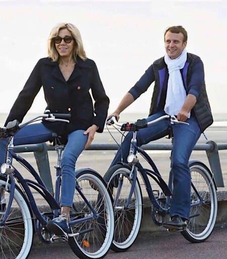 Макроны на велосипеде