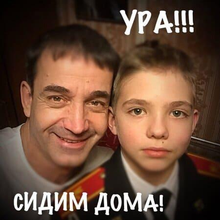 Дмитрий Певцов с сыном