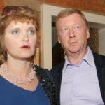 Как поженились и до сих пор живут Анатолий Чубайс и Авдотья Смирнова