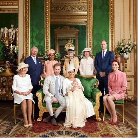 Сестры леди Дианы на крестинах сына принца Гарри