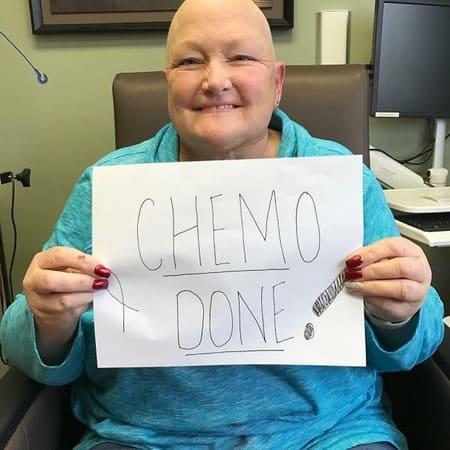 Дебби Роу лечится от рака