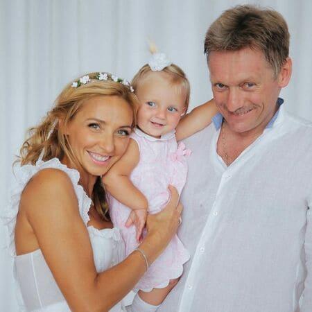 Песков и Навка с дочерью