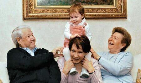 Маша Юмашева в детстве