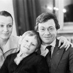 Природа не наградила его отцовским талантом: Как живет единственный сын Николая Караченцова