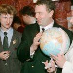 Сколько детей и внуков у Владимира Жириновского? Откуда у него внебрачные сын и дочь